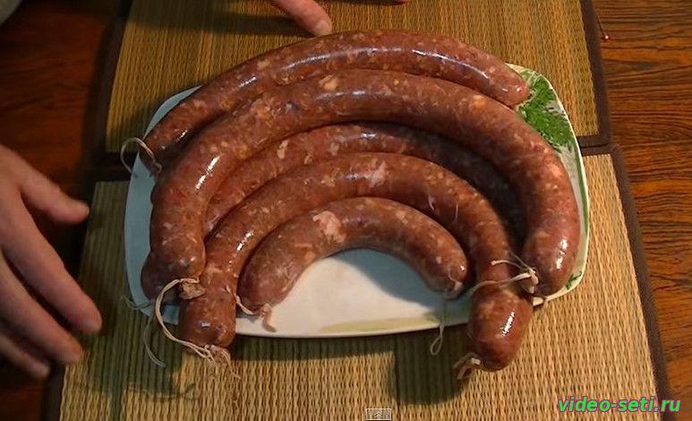 Колбаса в домашних условиях с кишок фото 399